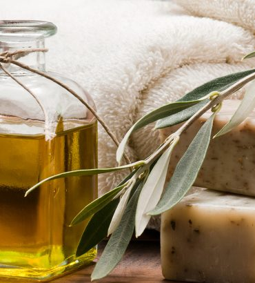 Olive Oil Soap: 6 Healthy Reasons Why You Should Use It